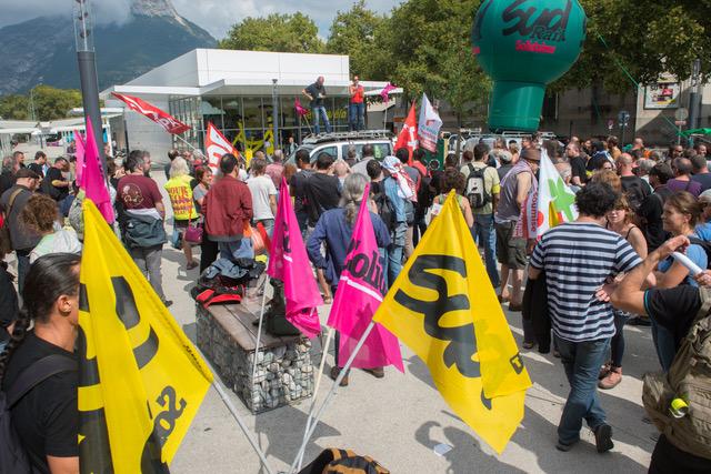 Acharnement antisyndical : Plus que jamais avec les 6 de Grenoble !