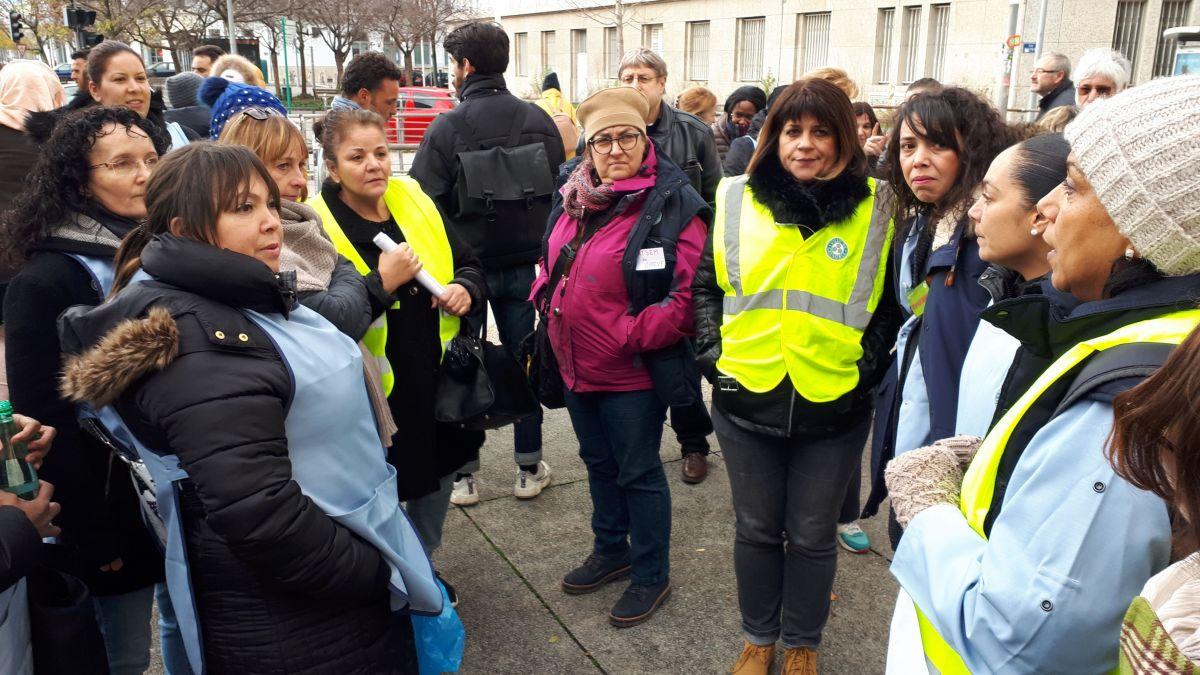 """30 Janvier, manifestation des """"blouses bleues"""" de la mairie de Grenoble pour la dignité"""